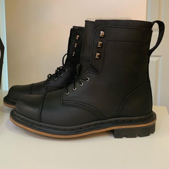 dr martins combat boots